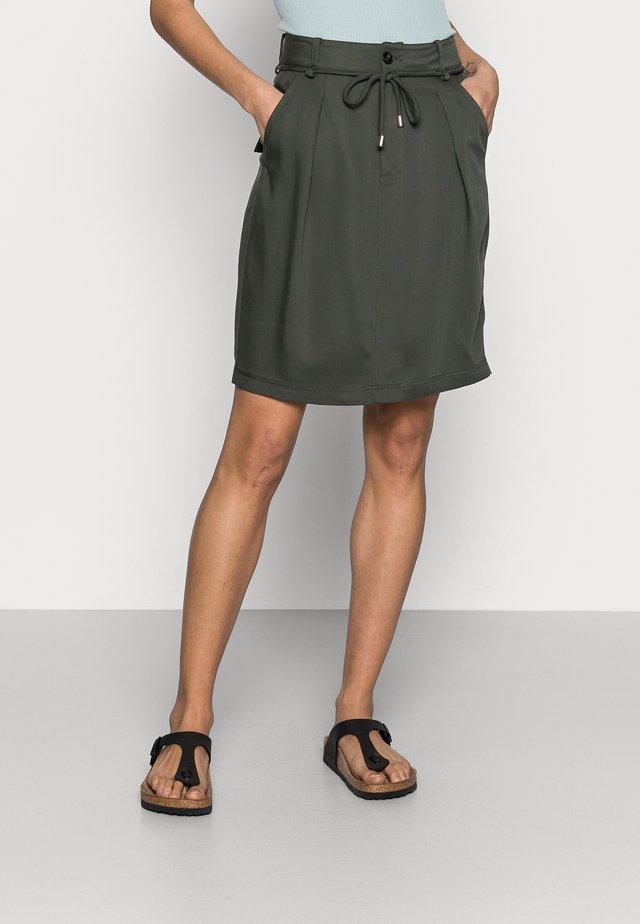 IZLA SKIRT - A-lijn rok - green olive