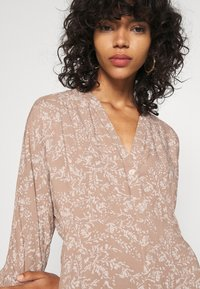 YAS - YASCORNA LONG DRESS - Skjortekjole - tawny brown - 5