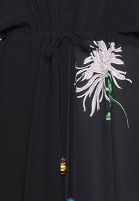 N°21 - Vestido camisero - nero - 2