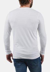 Solid - 2PER PACK - Maglietta a manica lunga - white - 1