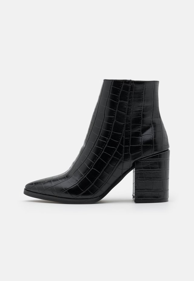 AMINA HELLED DRESS - Boots à talons - black