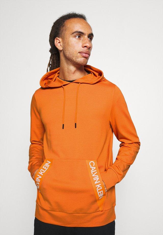 HOODIE - Felpa con cappuccio - orange