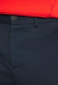 Lindbergh - SUPERFLEX PANTS - Trousers - dark blue - 3