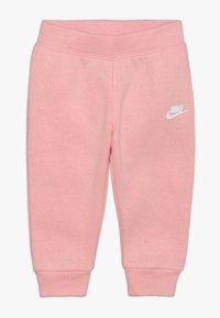 Nike Sportswear - PANT BABY SET - Träningsset - echo pink - 2