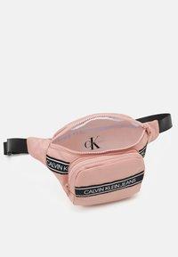 Calvin Klein Jeans - INSTITUTIONAL LOGO WAISTPACK - Ledvinka - pink - 2