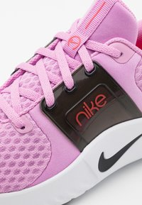 Nike Performance - RENEW IN-SEASON TR 10 - Sports shoes - beyond pink/black/flash crimson/white - 5
