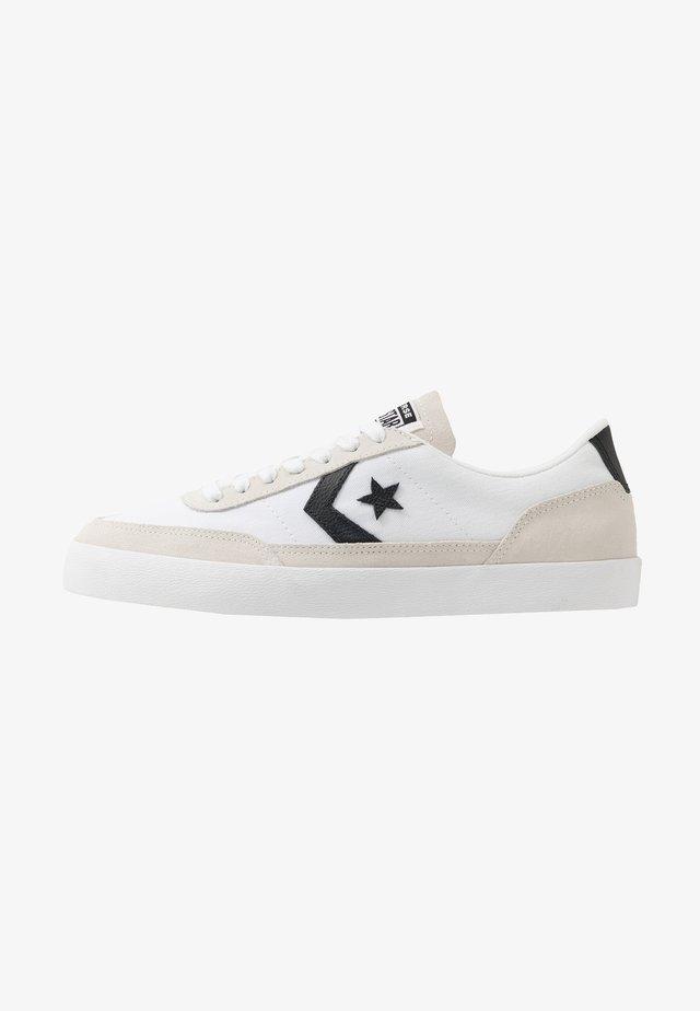 NET STAR CLASSIC - Zapatillas - white/black/egret