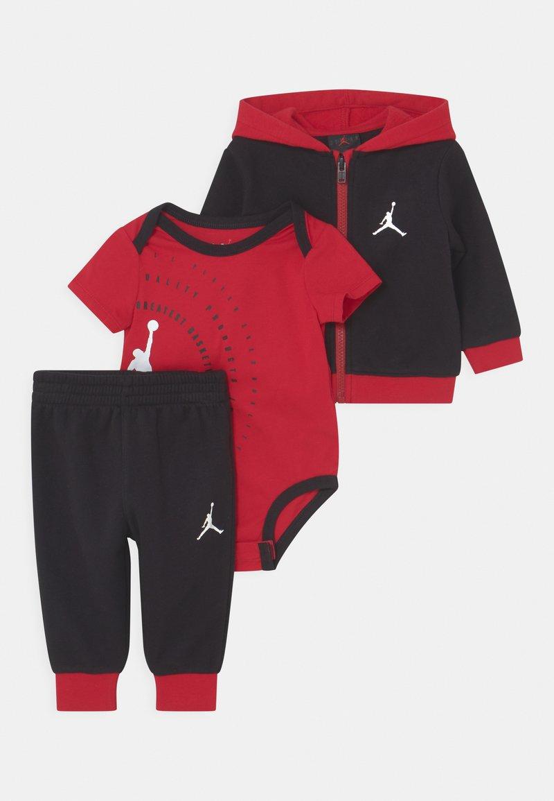 Jordan - GREATEST JUMPMAN SET UNISEX - Tracksuit - gym red/black