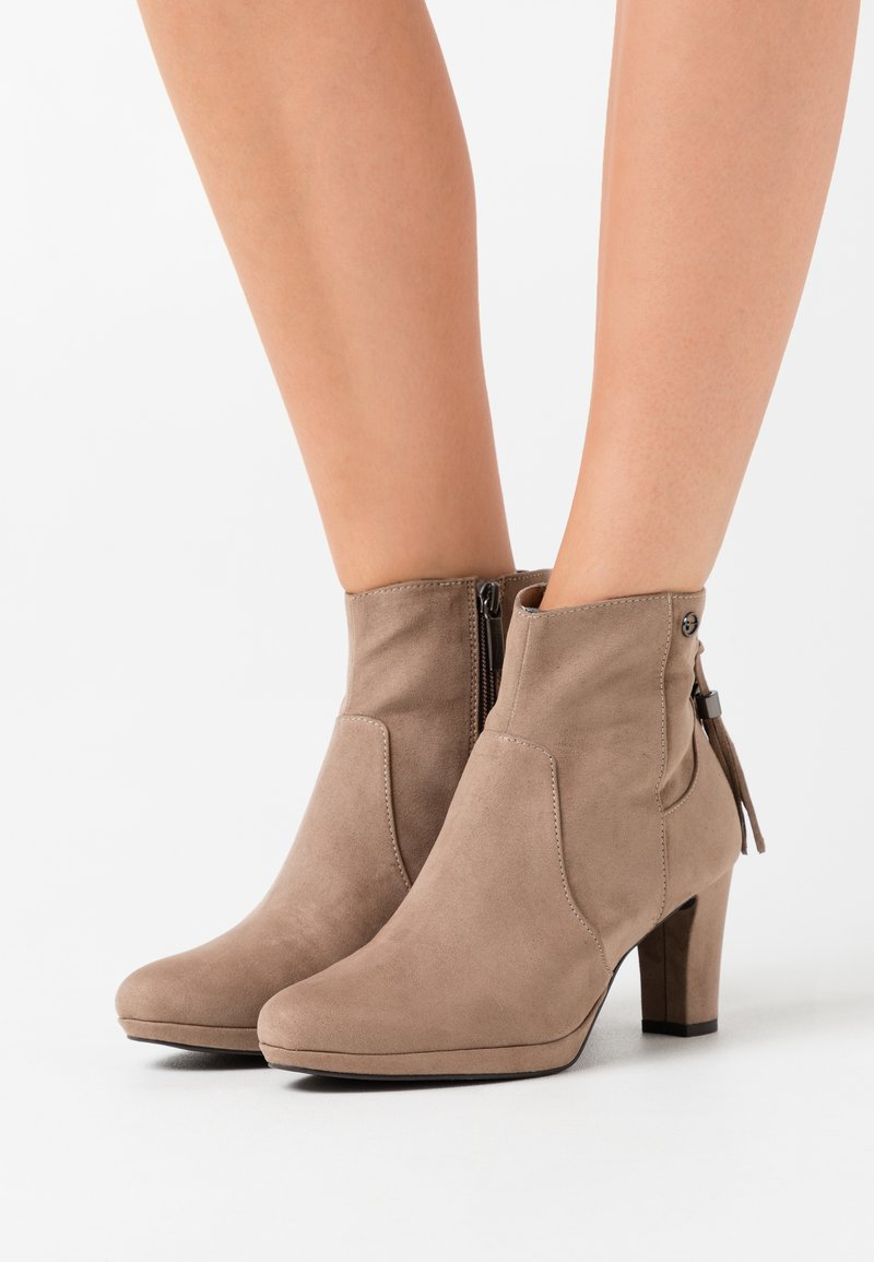 Tamaris - Ankle boots - pepper