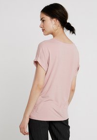 ONLY - Basic T-shirt - pale mauve - 2