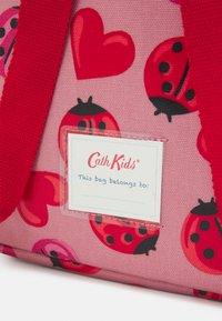 Cath Kidston - KIDS MINI BACKPACK LOVEBUGS UNISEX - Rucksack - pale rose - 3