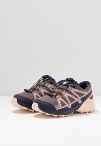Salomon - SPEEDCROSS CSWP - Hiking shoes - flint/evening blue/bellini - 2