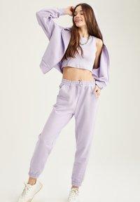 DeFacto - Zip-up hoodie - purple - 1