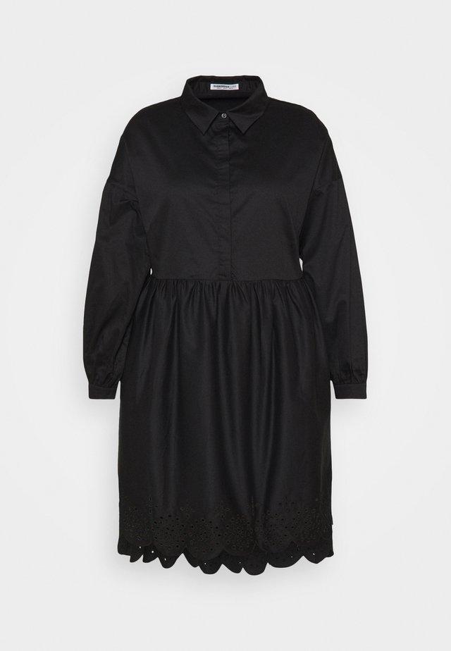 SCALLOP HEM MINI DRESS - Kjole - black