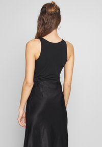 New Look - SCALLOP BODY 2 PACK - Top - black - 3