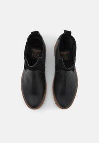 Roxy - MARREN - Kotníkové boty na platformě - black - 5