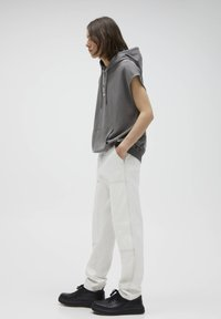 PULL&BEAR - Relaxed fit -farkut - white - 3