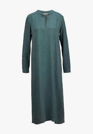 ENTSPANNTES  - Maxi dress - deep emerald