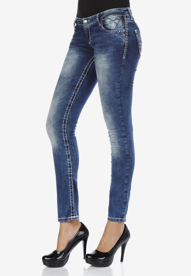 Slim fit jeans - standard