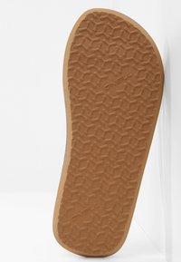 O'Neill - DITSY - Pool shoes - powder white - 4