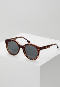 Komono - ELLIS - Sunglasses - havana - 0