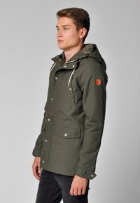 REVOLUTION - HEAVY - Winter jacket - oliv - 3