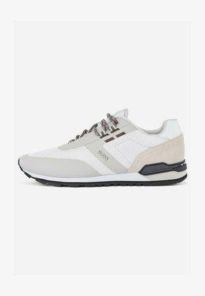 PARKOUR RUNN ME - Sneakers - open white