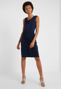 DKNY - SHEATH WITH RUCHING - Shift dress - midnight - 0