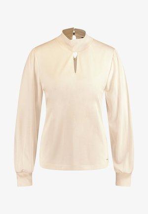Long sleeved top - winter white