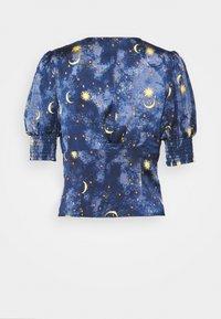 Never Fully Dressed Tall - MOON & STARS SHORTSLEEVE LINDOS - Pusero - navy multi - 1