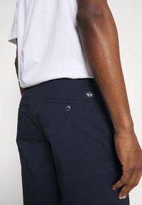DOCKERS - SMART SUPREME FLEX MODERN CHINO - Shorts - pembroke - 5