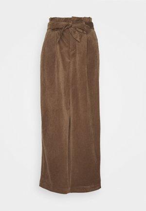 VMLONDYN PAPERBAG CULOT - Trousers - emperador