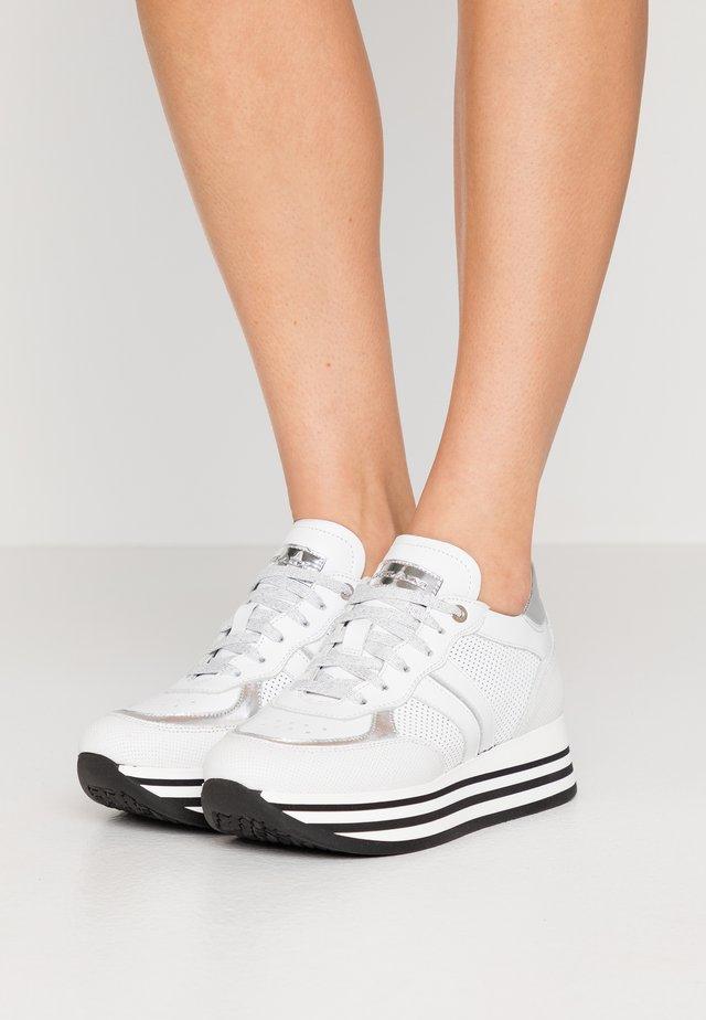NOEMI  - Sneaker low - bianco