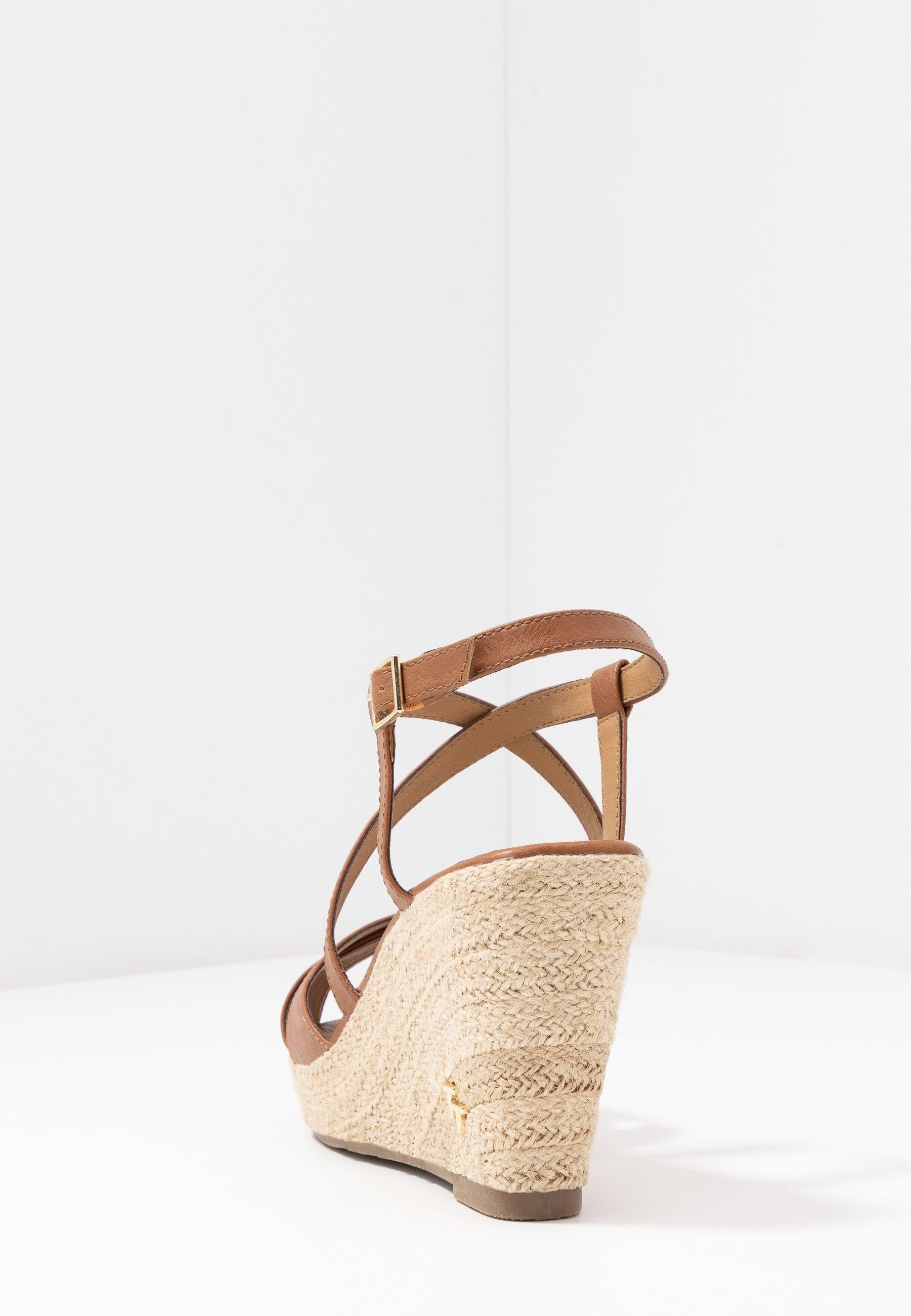 TOM TAILOR Sandaler med høye hæler - camel