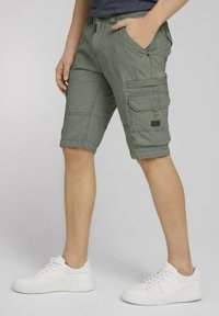 TOM TAILOR - Shorts - olive - 4