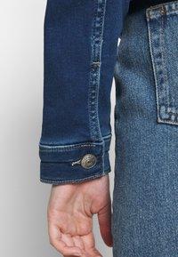 ONLY - ONLTIA LIFE JACKET - Denim jacket - dark blue denim - 4