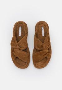 Oa non fashion - Sandals - evolo cognac - 5