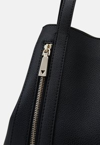 Guess - NAYA TOTE - Shopper - black - 6