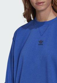 adidas Originals - Sweatshirt - bold blue - 4