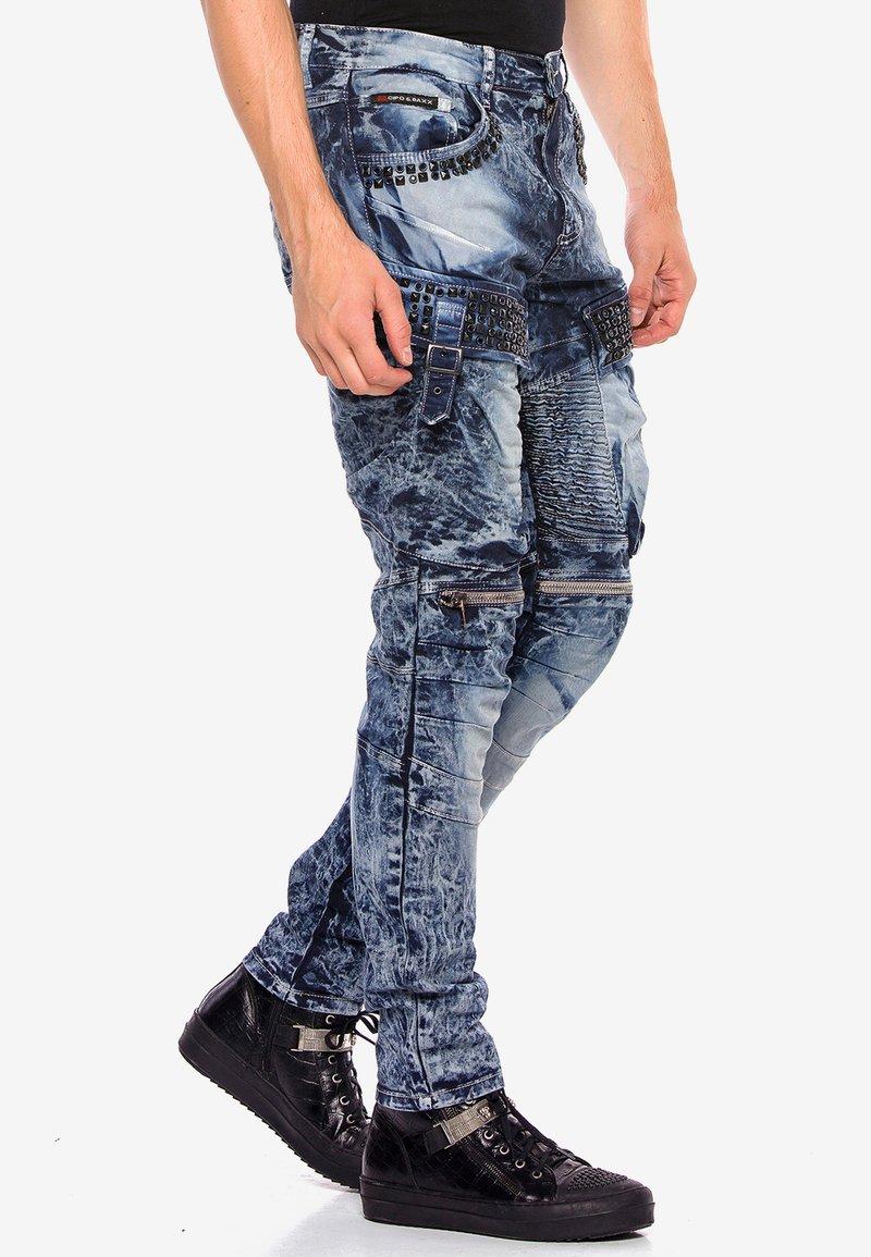 Cipo & Baxx - COOLER WASCHUNG UND ZIERNÄHTEN - Straight leg jeans - blue