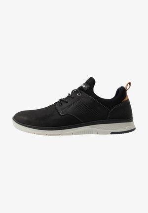PORTHOS - Sneaker low - black