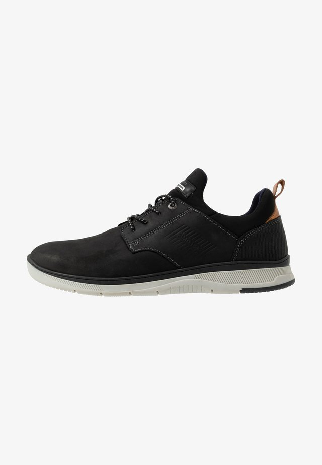 PORTHOS - Sneaker low - black