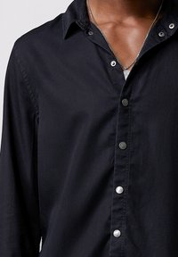 Tigha - SENYO - Shirt - black - 3