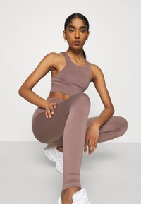 Weekday - CILLI SEAMLESS  - Débardeur - brown plum - 4