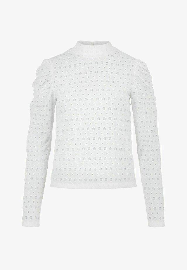 MIT LANGEN ÄRMELN LOCHSTICKEREI - T-shirt à manches longues - cloud dancer