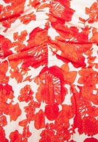 Hofmann Copenhagen - CORALIE  - Robe d'été - coral - 5