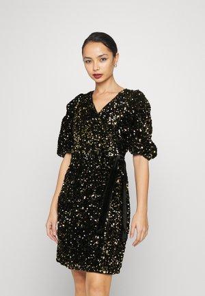 YASSEQUELLA DRESS SHOW - Cocktailkjole - black/gold