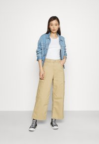 Levi's® - HIGH WAISTED CROP  - Relaxed fit jeans - incense sound - 1