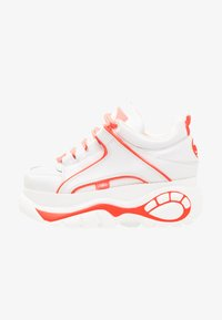 Buffalo London - Tenisky - white/pink - 1