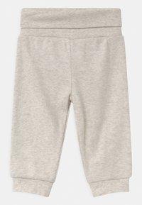 Jacky Baby - 2 PACK UNISEX - Kalhoty - white/beige - 2